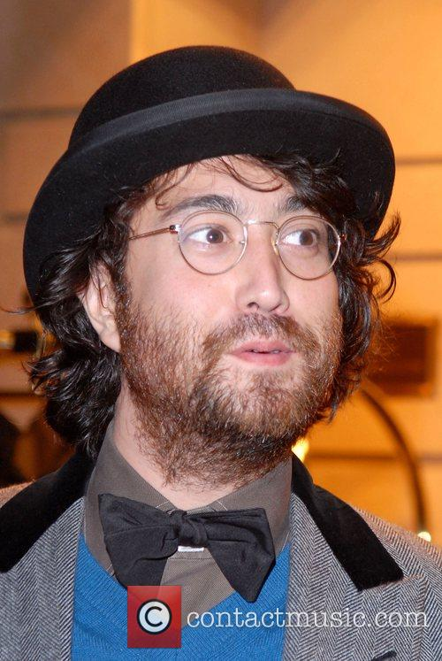 Sean Lennon 3