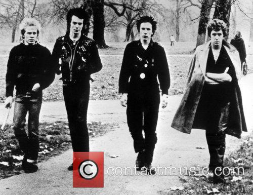 Sex Pistols, Eve, Sid Vicious and Steve Jones 6