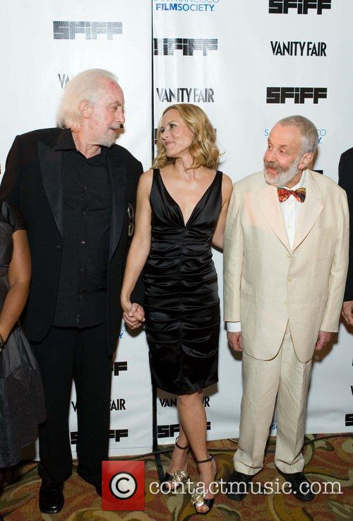 Maria Bello, Robert Towne and Mike Leigh 5