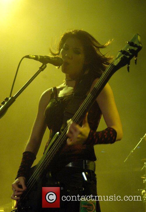 Emma Anzai 3