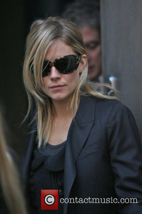 Sienna Miller and The Cars 4