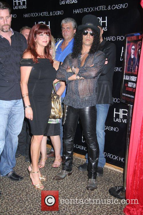 Perla Ferrar, Slash Slash and iconic rock photographer...