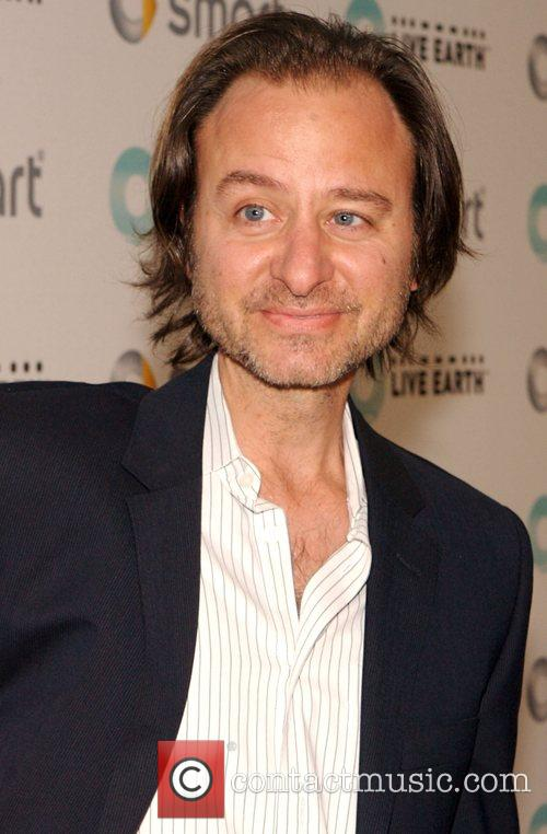 Fisher Stevens Smart and Live Earth celebrate artists...