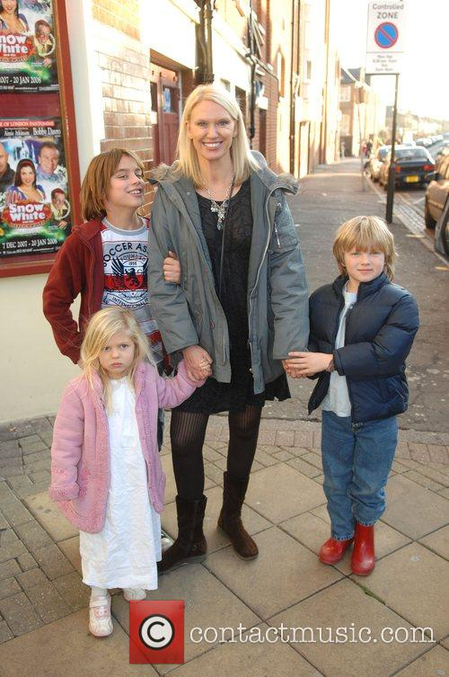 Anneka Rice and children VIP performance of Snow...