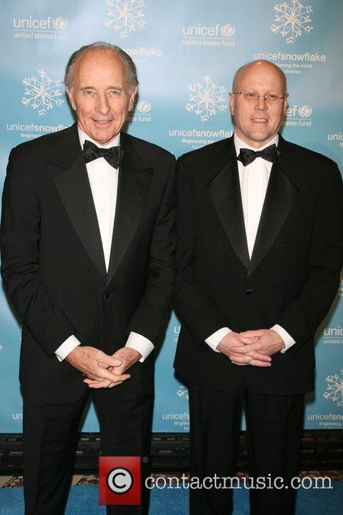 Anthony Pantaleoni, Charles Ryan The 2007 UNICEF Snowflake...