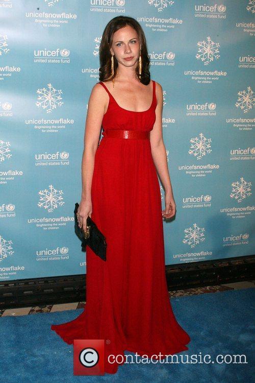 Barbara Bush The 2007 UNICEF Snowflake Ball at...