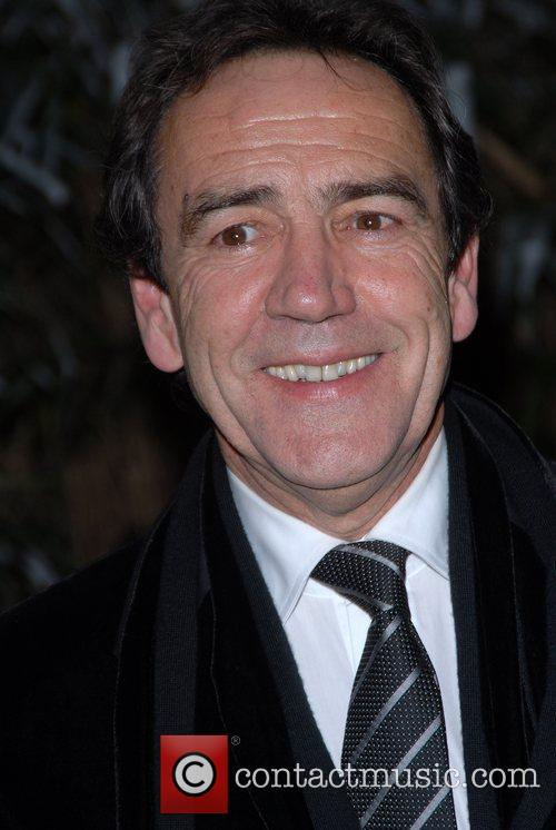 Robert Lindsay 8