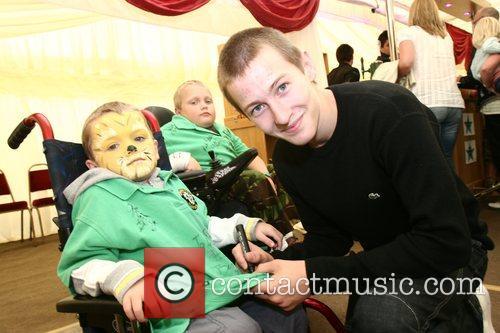 Luke Tittensor Soapstars from Hollyoaks and Emmerdale sign...