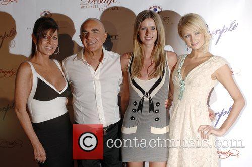 Linell Shapiro, Robert Shapiro, Nikki Hilton and Paris...
