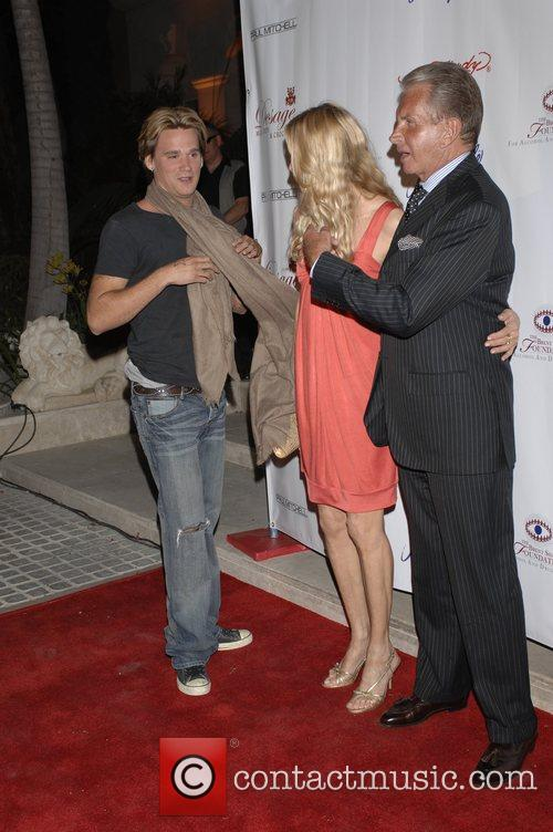 Sean Stewart, Alanna Stewart with George Hamilton Sober...