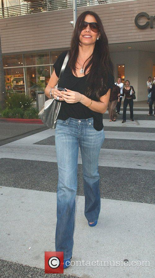 Sofia Vergara in Beverly Hills shopping the trendy...