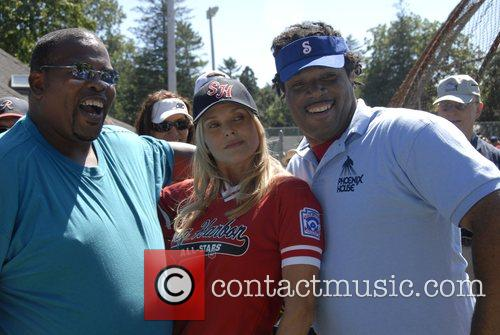 Christie Brinkley with two fans from Phoenix House...