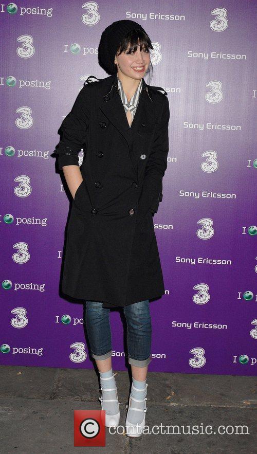 Daisy Lowe Sony Ericsson K770i phone - launch...