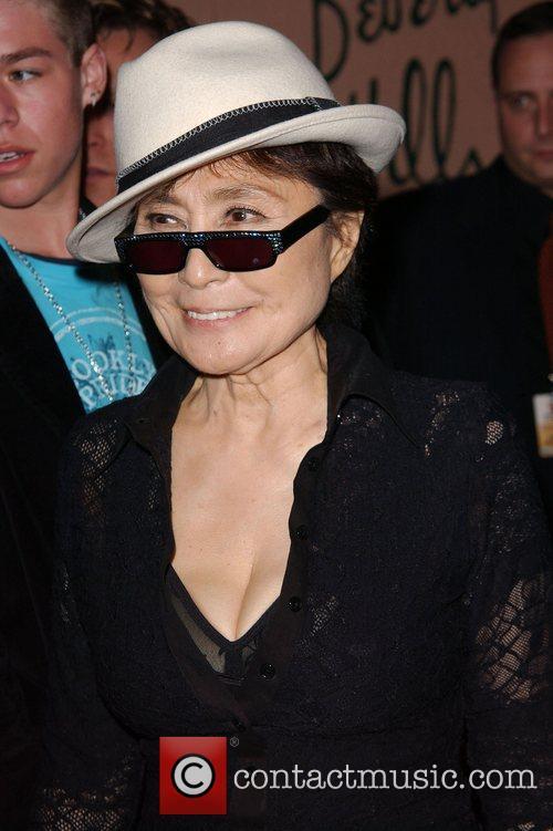 Yoko Ono, Bmg, Grammy Awards and Grammy 1