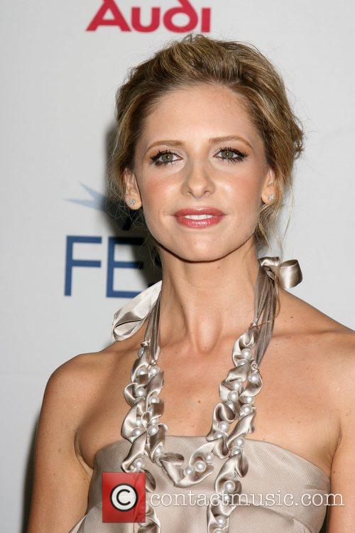 Sarah Michelle Gellar and Afi 7