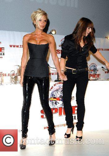 Melanie Chisholm and Victoria Beckham Victoria Beckham, Melanie...