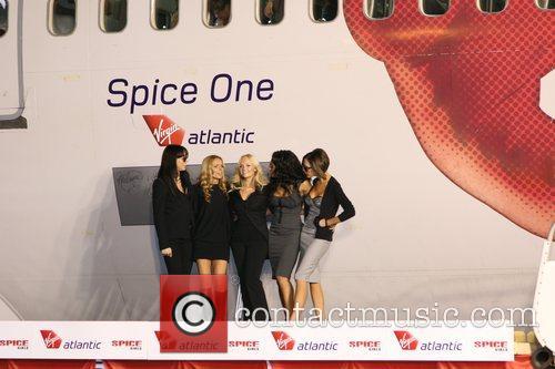 Spice Girls, Emma Bunton and Geri Halliwell 6