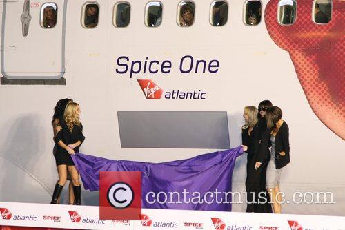 Spice Girls, Emma Bunton and Geri Halliwell 11