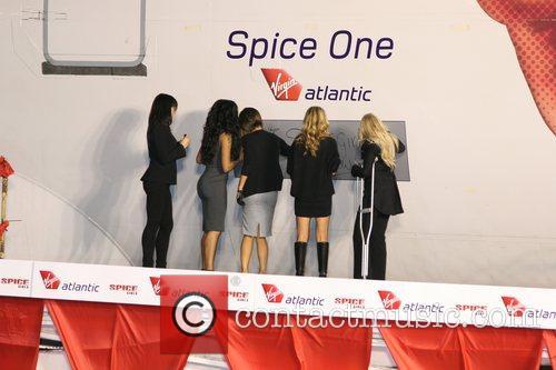 Spice Girls, Emma Bunton and Geri Halliwell 3