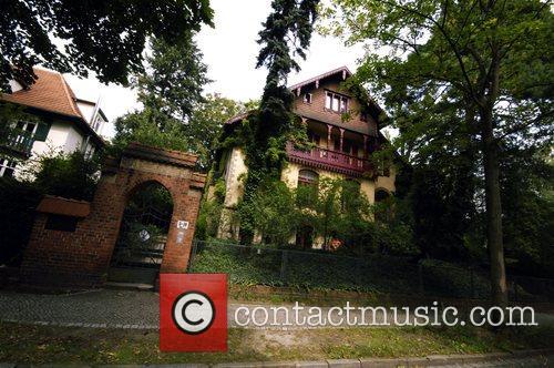 Claus Graf Schenk von Stauffenberg's home at Goethestrasse...