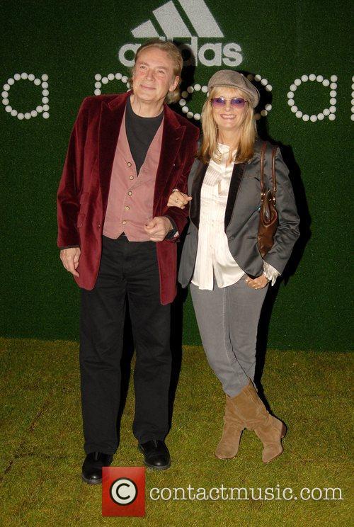 Twiggy and Stella Mccartney 3