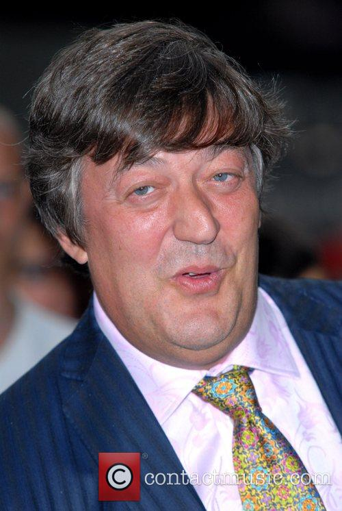 * FRY BREAKS ARM FILMING WILDLIFE SHOW British...