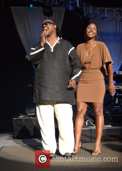 Stevie Wonder and Daughter Aisha Morris 4