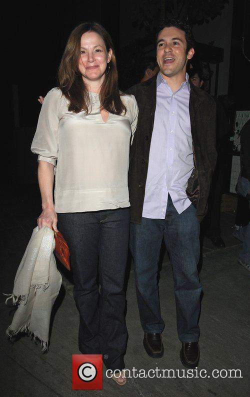 Fred Savage and pregnant wife Jennifer Lynn Stone 7
