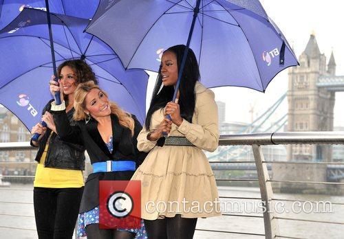 Sugababes  Sugababes on the Thames - photocall...