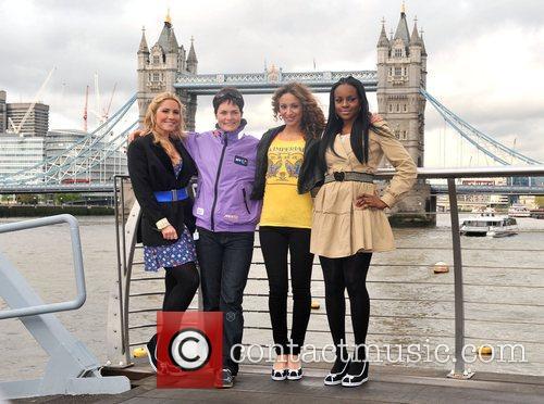 Sugababes, Dame Ellen MacArthur Sugababes on the Thames...