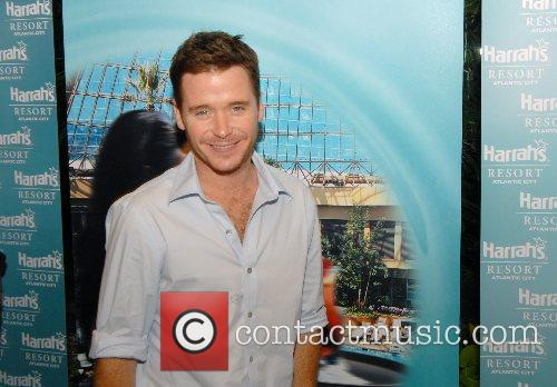 Kevin Connolly and Kevin Dillon of HBO's hit...
