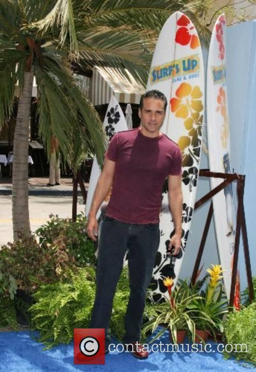 Maurice Benard Premiere of 'Surfs Up' - Arrivals...