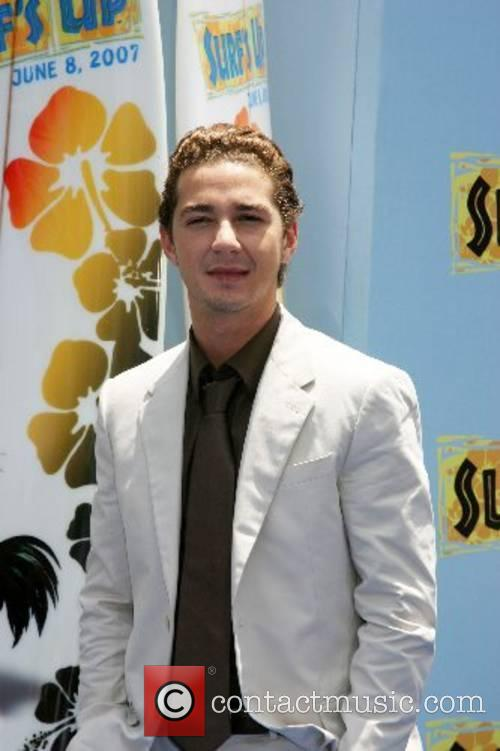 Shia LaBeouf  Premiere of 'Surfs Up' -...