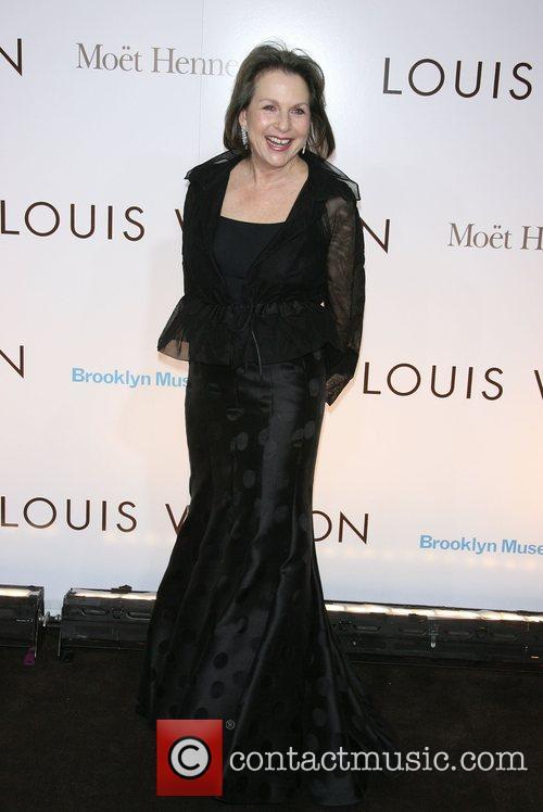 Elizabeth Sackler Brooklyn Museum & Louis Vuitton honour...