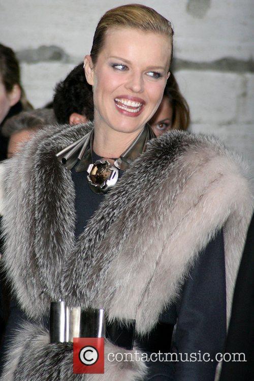 Eva Herzigova Brooklyn Museum & Louis Vuitton honour...