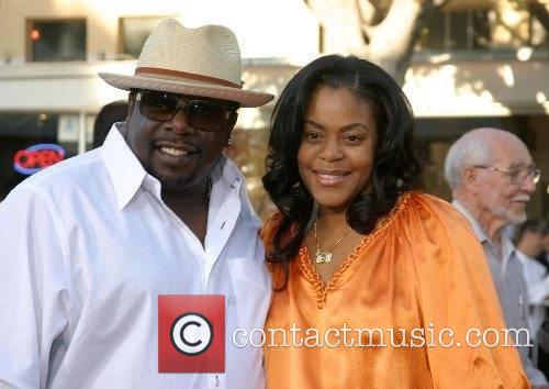 Cedric The Entertainer and wife