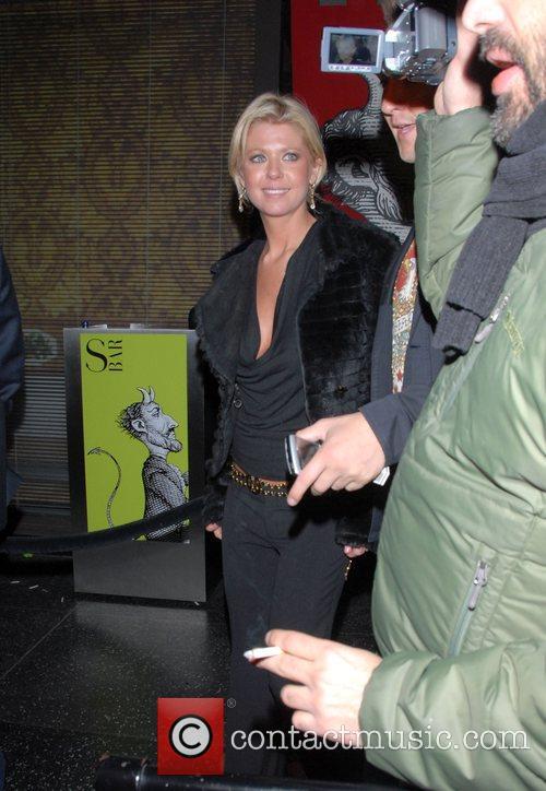 Tara Reid Looks happy as she leaves the...