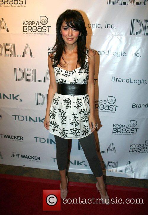 Nazanin Boniadi Tdink Magazine's 2nd Annual Fashion Walk-Off...