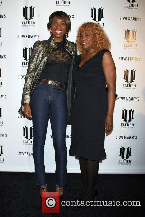 Venus Williams and Oracene Price 3