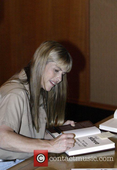 Terri Irwin and Steve Irwin 5