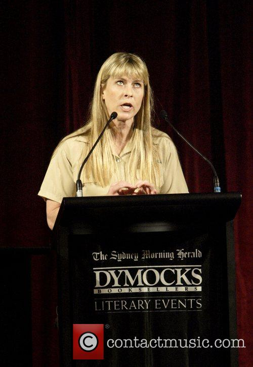 Terri Irwin and Steve Irwin 6