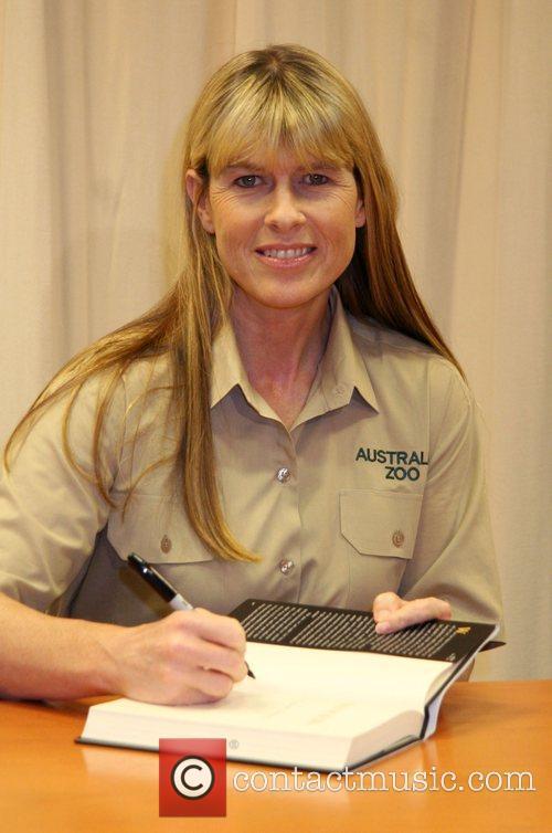 Terri Irwin and Steve Irwin 6