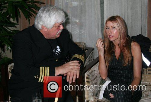 Captain Paul Watson, Heather Mills 'Thank the Monkey'...
