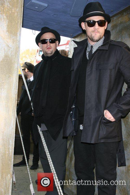 Benji Madden and Joel Madden 4