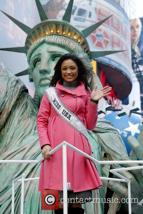 Miss USA 2007 The 2007 Macy's Thanksgiving day...