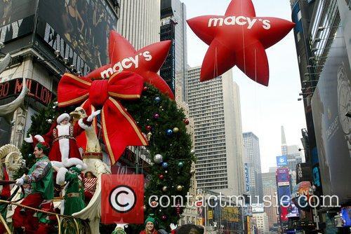 Santa Claus and Benji Madden 2