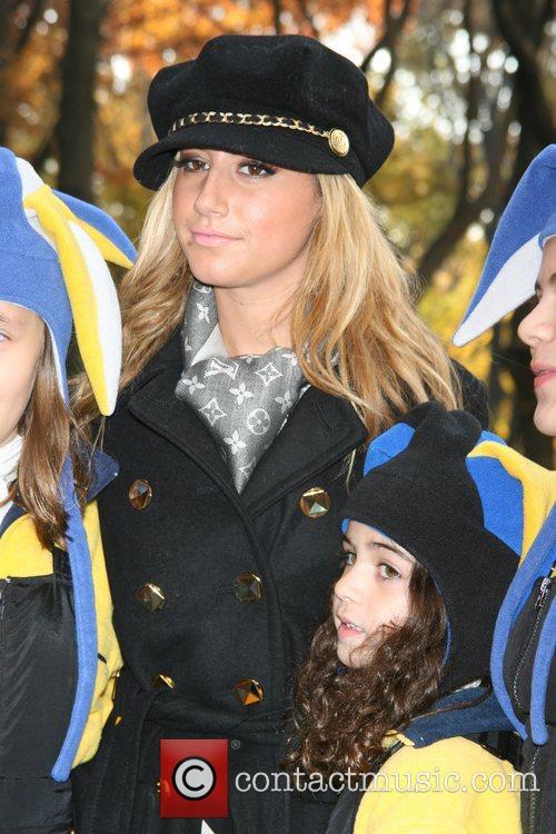 Ashley Tisdale 16