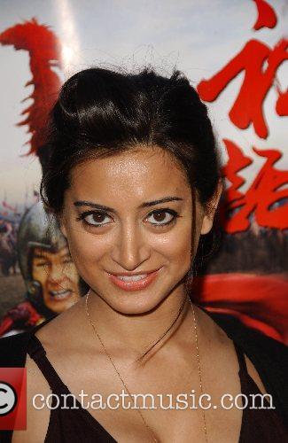 Noureen Dewulfe 6