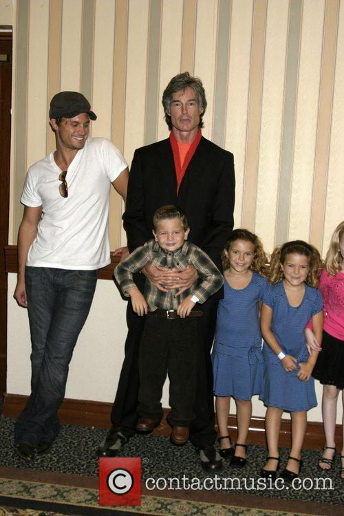 Dax Griffin, Ronn Moss, Ridge Perkett, Amanda and Rachel Pace