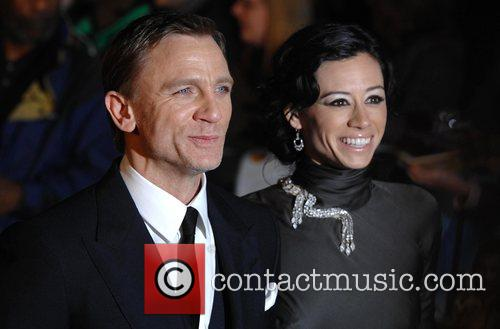 Daniel Craig and Girlfriend Satsuki Mitchell 2
